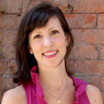 Amanda Maciel Interview